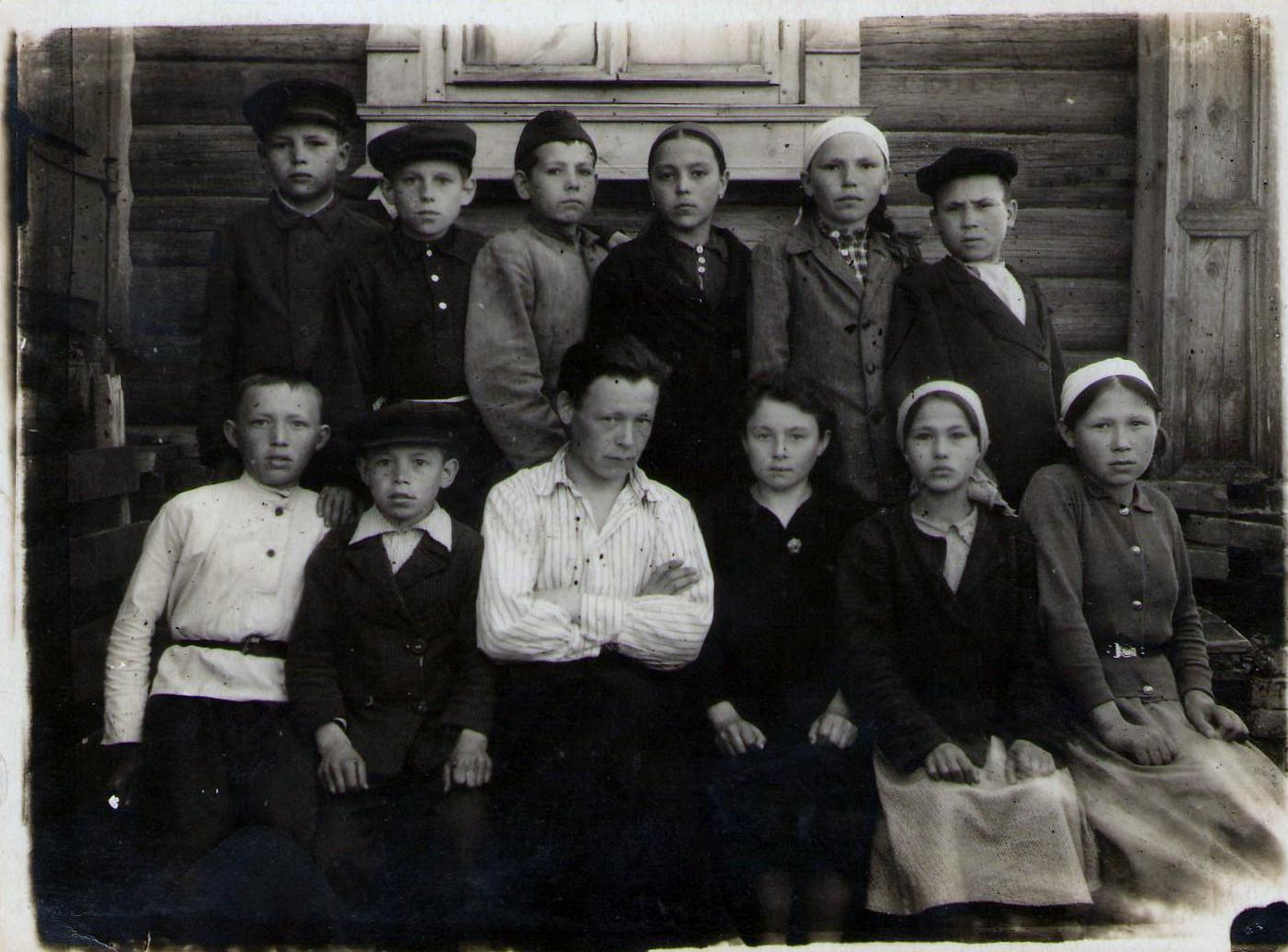 Read more about the article 100-летие школы в Семенчино