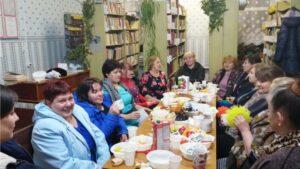 Read more about the article «Праздник милых дам»в Семенчинском СК-библиотеке