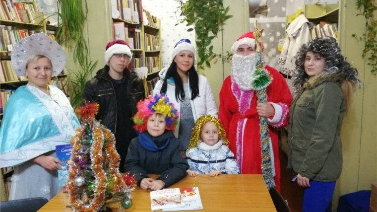 Дед Мороз в Семенчинской библиотеке